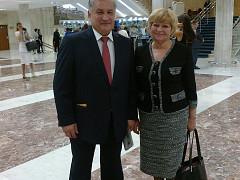 Министр образования СО Биктуганов Ю. И. и Сибирякова Г. Л.
